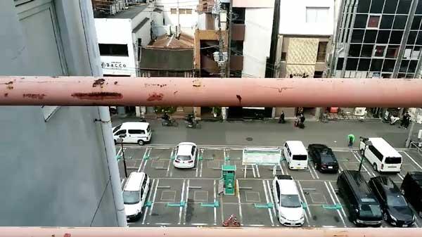 [空調工事 no.1] 大阪のリフォーム中雑居ビルでの業務用エアコンの取り替え工事